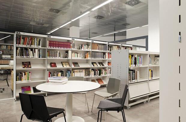 1 centre de documentacio museu del disseny barcelona