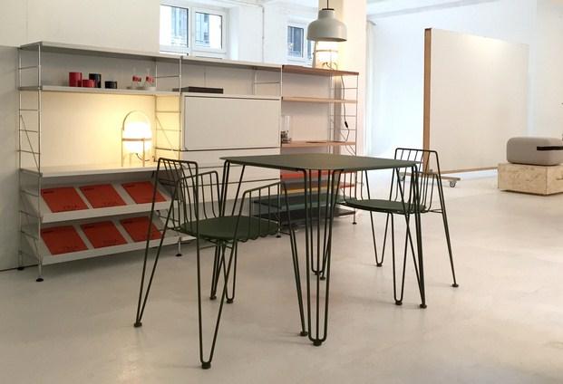 Mesa y silla rambla en Halbinsel Showroom